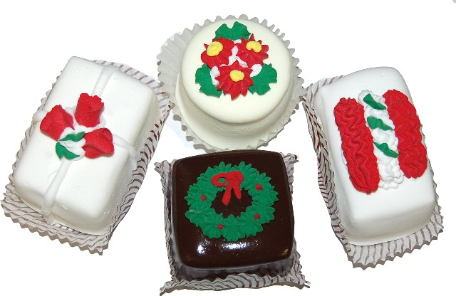 Mini Christmas Fakey Cakes 4 pack Petit Fours USA