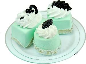 Mini Fakey Designer Pale Green Cakes 3 pack Petit Fours Plate